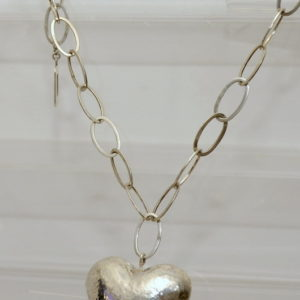 Collar Corazon Embutido